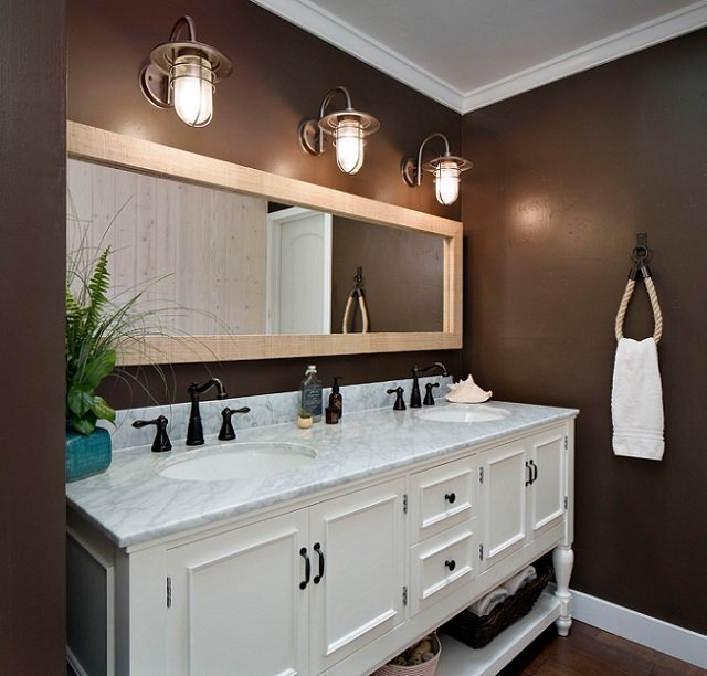 beach-style-bathroom1.jpg