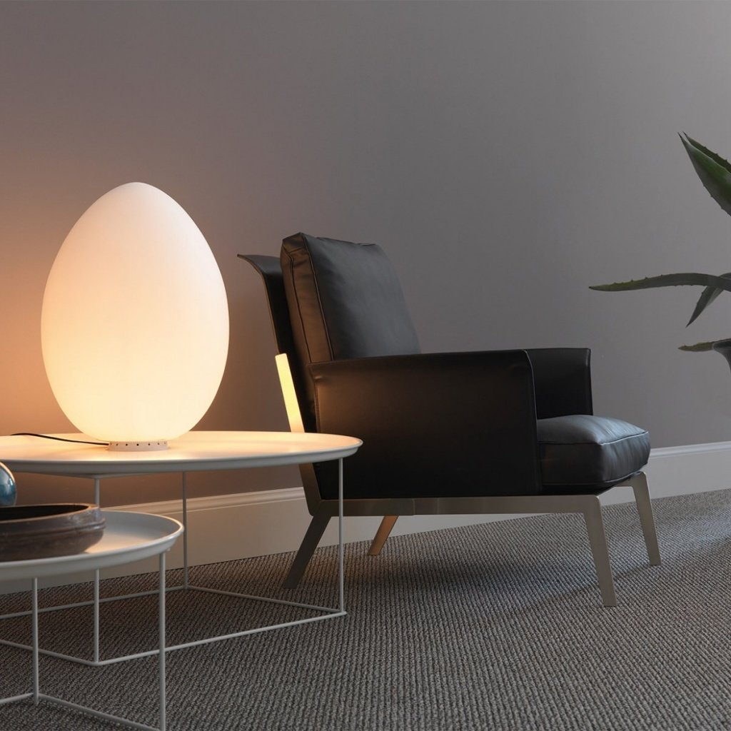glowing-egg-lamp.jpg