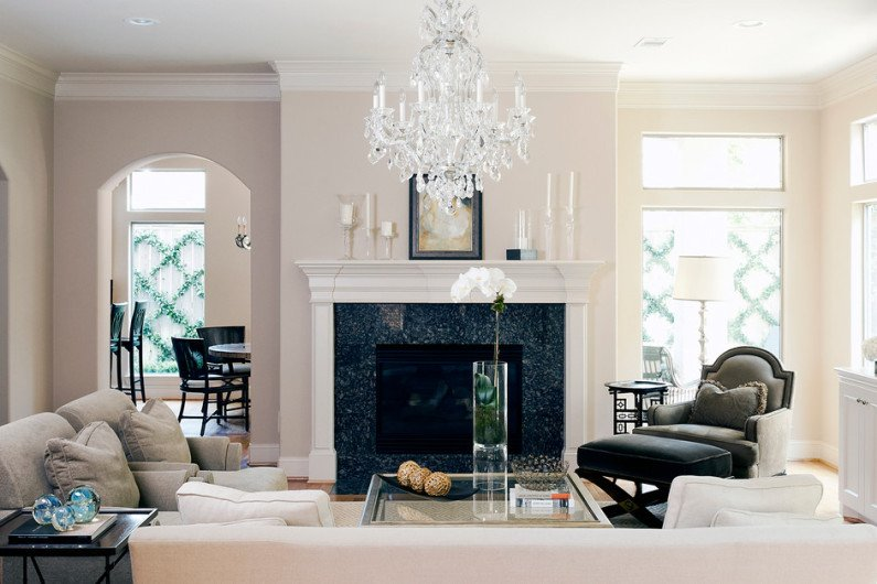 traditional-living-room-12-795x530.jpg